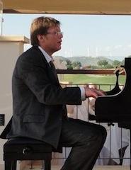 Phil Hawkes - Piano
